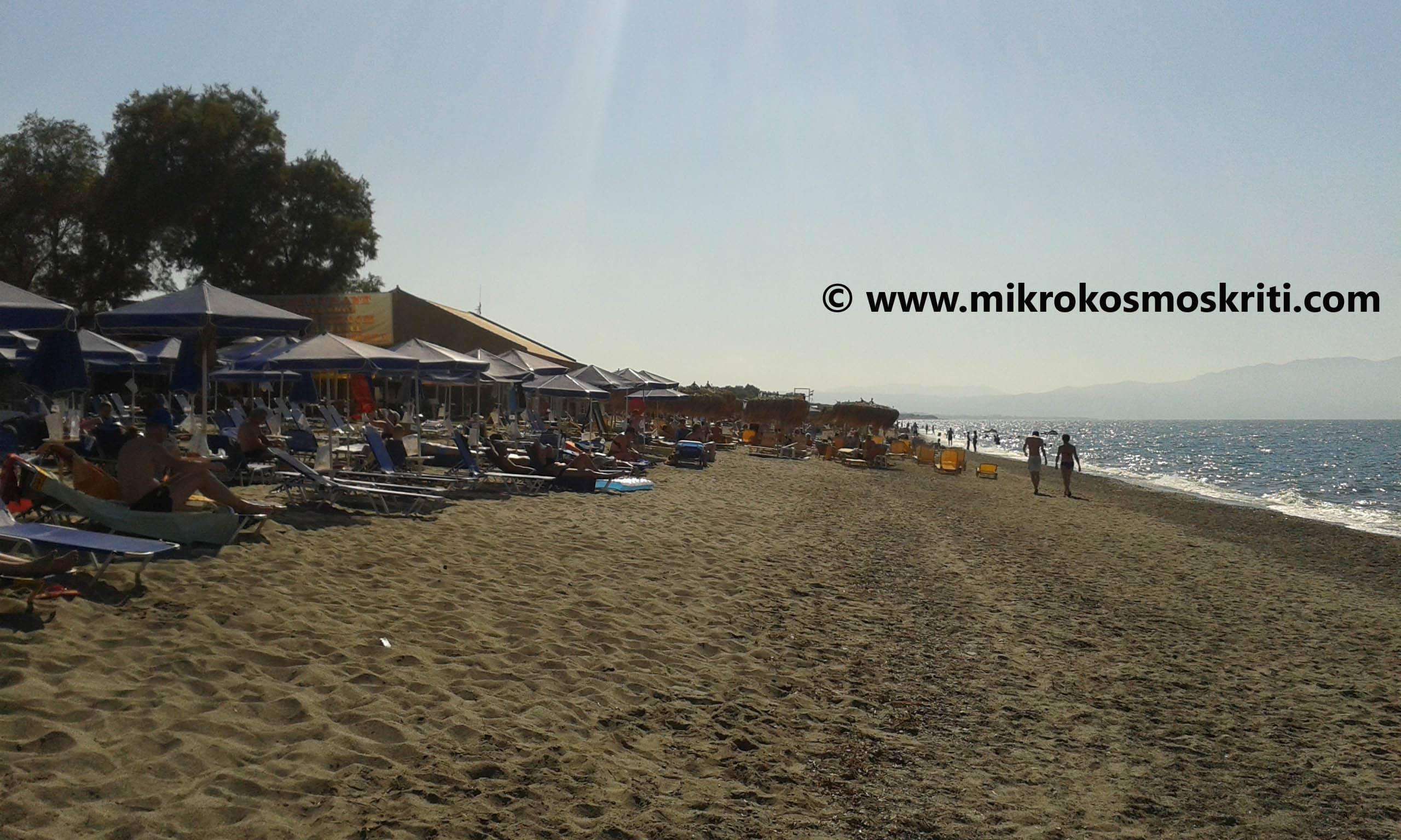 La mondana spiaggia di Platanias